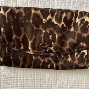 Coach 💕 Like Nee! Cheetah Travel Jewelry Case!